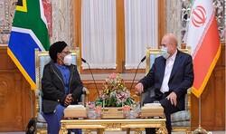 قاليباف يؤكد ضرورة تعزيز التعاون الثنائي بين ايران وجنوب أفريقيا