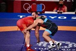 Ghalibaf congrats Yazdani, Zare for winning gold in 2021 WWC