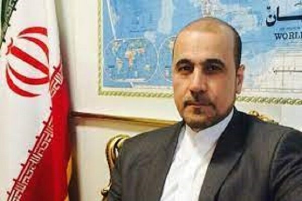 محلل سیاسی: حدث خطأ في بروتكول التشريفات في مطار طهران