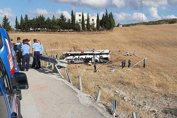 Balıkesir'de otobüs kazası: 14 ölü, 18 yaralı