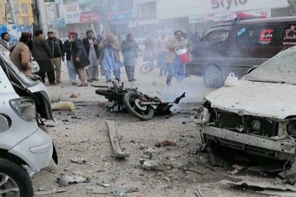 کراچی میں ٹرک میں بم دھماکے کے نتیجے میں 9 افراد ہلاک