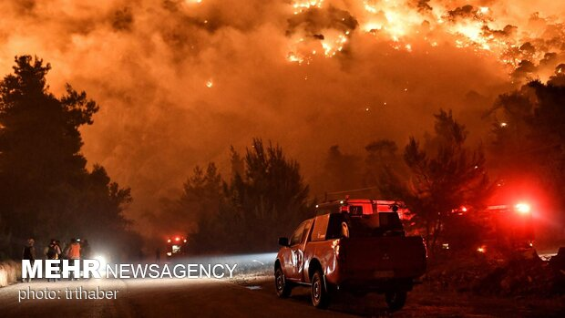 Iran sympathizes with Greece over massive wildfire