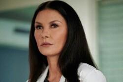 تیم برتون بازیگر نقش مادر سریال تازهاش را انتخاب کرد