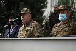 Ermenistan Savunma Bakanı Rusya'ya gitti