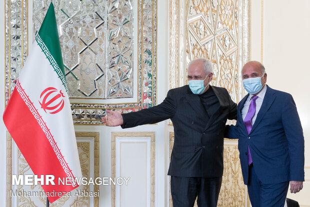 Zarif meeting with Iraqi FM