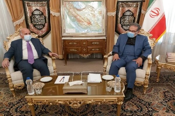 Top Iranian security official meets with Iraqi FM