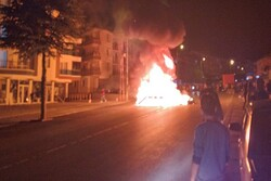 Ankara'da Suriyelilerin evleri ve dükkanları taşlandı