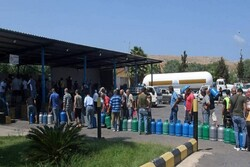 Lübnan'da akaryakıt tankerinin patlaması sonucu 20 kişi öldü