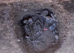 پایان کاوش ها در منطقه باستانی لیارسنگ بن املش/ ۱۹ گور تاریخی کشف شد