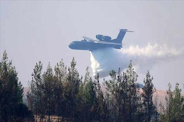سقوط طائرة إطفاء روسية أثناء إخماد الحرائق في تركيا