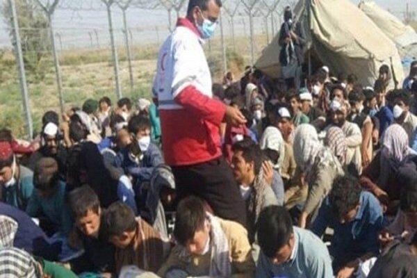 مئات الرعايا الافغان يدخلون الاراضي الايرانية