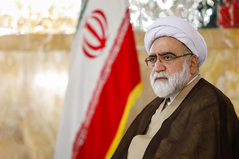تولیت آستان قدس رضوی درگذشت استاد محمدرضا حکیمی را تسلیت گفت