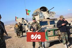 Afgan askerler İran'a sığındı