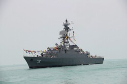 سفينتان كازاخيتان تدخلان المياه الاقليمية الايرانية في ميناء انزلي