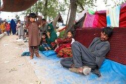 بايدن يجبر شركات الطيران المدنية على نقل من يتم إجلاؤهم من أفغانستان