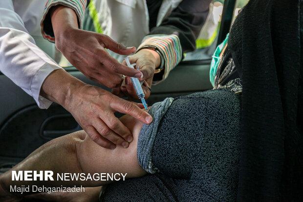 مرکز واکسیناسیون خودرویی در گرگان راه اندازی شد