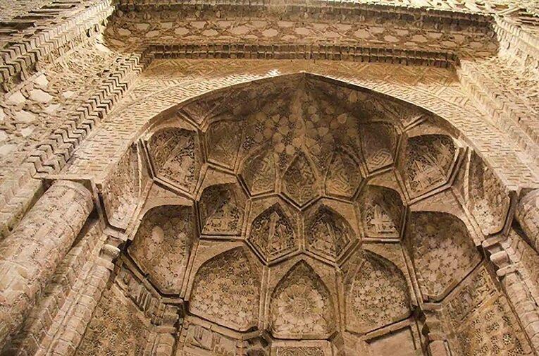 Barsiyan Camisi; İran-İslam medeniyetinin yaşayan tarihi