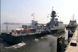 Rus filosu Enzeli Limanı'na yanaştı