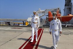 Russian naval ships welcomed by Iranian Northern Fleet