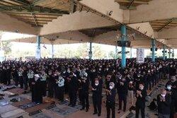 نماز ظهر عاشورا در حسینیه ایران اقامه شد
