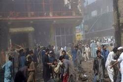 Pakistan'da bombalı saldırı: Onlarca yaralı var