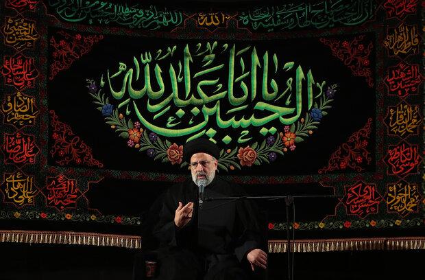 رئيسي: نحاول حل مشاكل الناس بناء على نهج وسيرة إمام الحسين (ع)