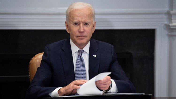 سناتورهای کنگره آمریکا خواستار استعفای جو بایدن شدند