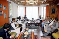 Afganistan'ın eski devlet başkanı Hamid Karzai, Taliban'la görüştü