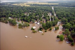At least 10 dead, dozens missing in Tennessee floods