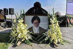 پیکر آیت الله فقیه ایمانی در اصفهان خاکسپاری شد