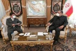 Japanese FM holds talks with Shamkhani