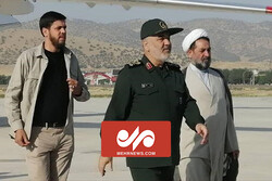 مبارزه با کرونا؛ محور سفر یک روزه فرمانده سپاه به کرمان