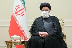 الرئيس الإيراني يعزي بوفاة العالم والمفكر البارز محمد رضا حكيمي