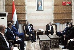 Syrian PM, Iranian envoy discuss boosting joint coop projects