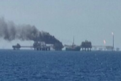 Fire erupts at Pemex platform in Gulf of Mexico, injuring 5