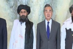 China hopes new Afghan gov't will stick to 'moderate' policy