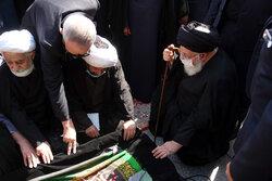 حرم مطہر رضوی میں مرحوم علامہ حکیمی کی تشییع جنازہ اور تدفین
