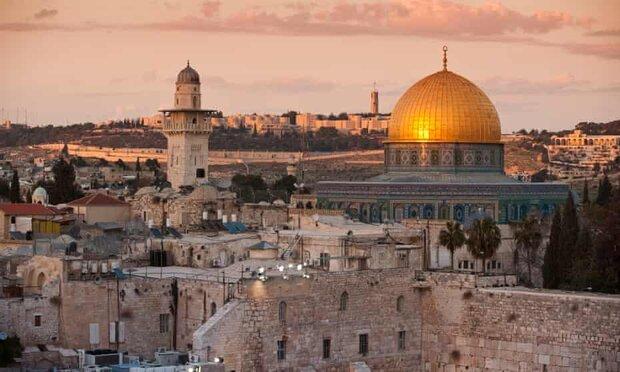 دائرة الأوقاف الإسلامية تقدر نحو 50 ألفًا أدوا صلاة الجمعة بالأقصى