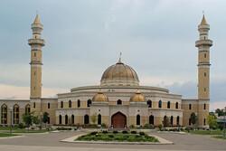 پذیرایی از غیرمسلمانان در مراسم درهای باز مسجد «راکفورد»
