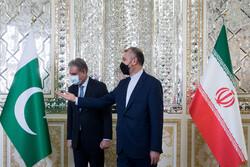 Iran, Pakistan FMs discuss latest Afghanistan developments