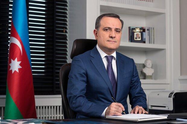 وزير الخارجية الآذربيجاني يهنئ نظيره الايراني