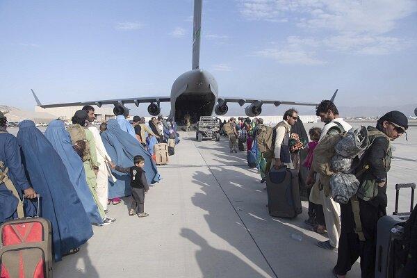 الأمم المتحدة: نصف مليون أفغاني يمكن أن يفروا عبر الحدود