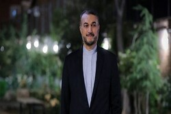 Amir Abdollahian discusses Syria with UN special envoy