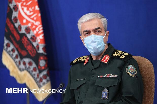 اللواء باقري: اميركا حوّلت الجيش الوطني والشعبي الافغاني الى جيش هزيل