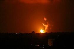 طائرات الاحتلال تقصف مواقع للفصائل الفلسطينية في غزة