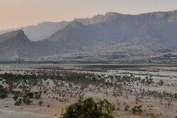بزرگترین دریاچه آب شیرین خاورمیانه در خشکی مطلق