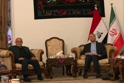 نشست امیرعبداللهیان با سفیر و اعضای سفارت ایران در بغداد