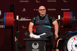Iranian powerlifter wins silver medal at Paralympics 2020