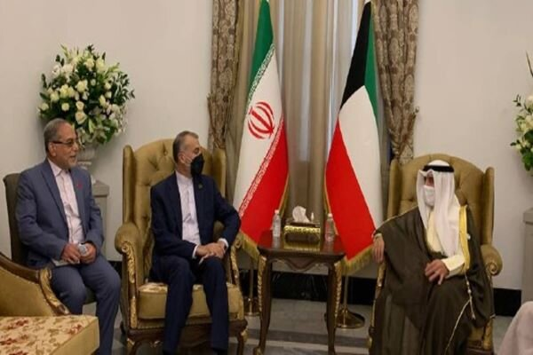 FM voices Iran readiness to open coop. with Kuwait