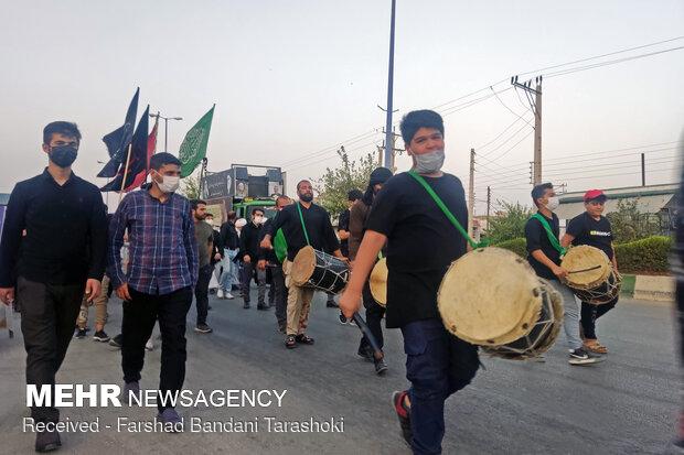 İranlı Ehlibeyt aşıkları Kerbelay'a doğru yola çıktı